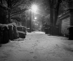 footprints-snow-night