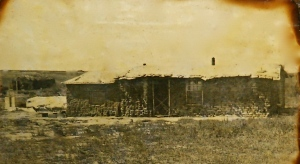 Kurtz family sod house: Kansas