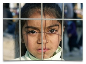 unaccompanied hispanic girl - web